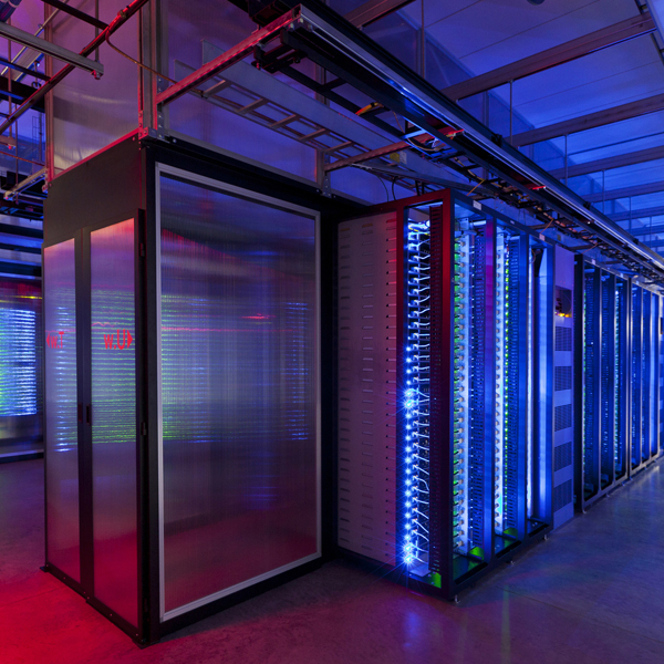 data-600x600